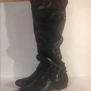 Cliffs by White Mountain black boots size 9